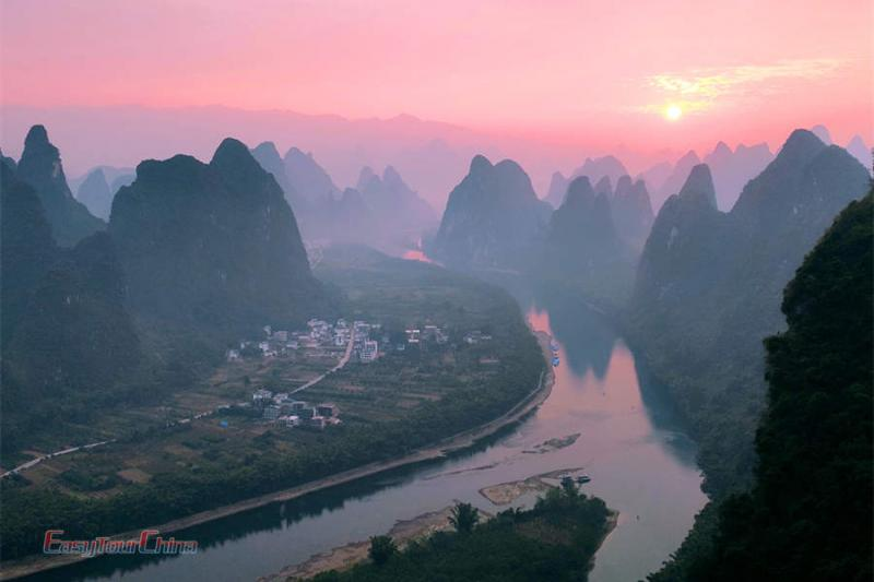 Climb Xianggong Hill in Yangshuo for sunset over Li River