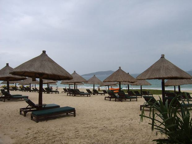 Sanya Yalong Bay  Sand Beach Chair