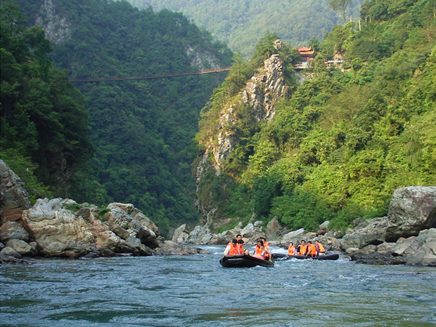 Yanmen Gorge Rafting Summer Tours