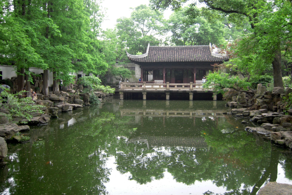The Beautiful Scenery of Shanghai's Yu Garden