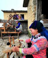 yuanyang rice terraced fields, spinning women