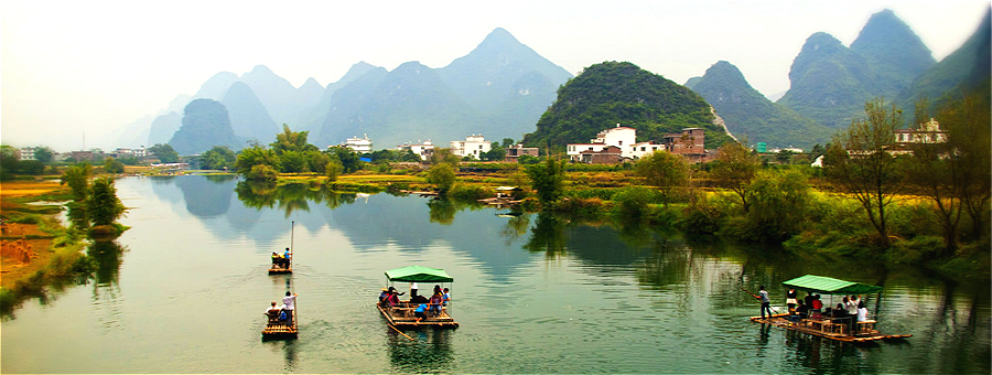 bamboo rafting at Yulong River