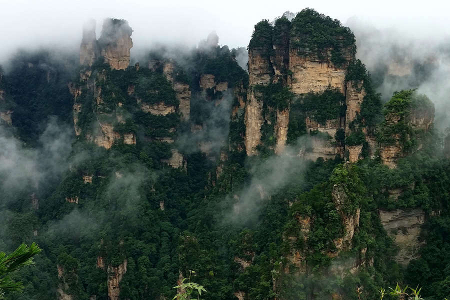 Zhangjiajie tour with Avatar mountains
