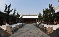 Zhengzhou Town's God Temple in Winter