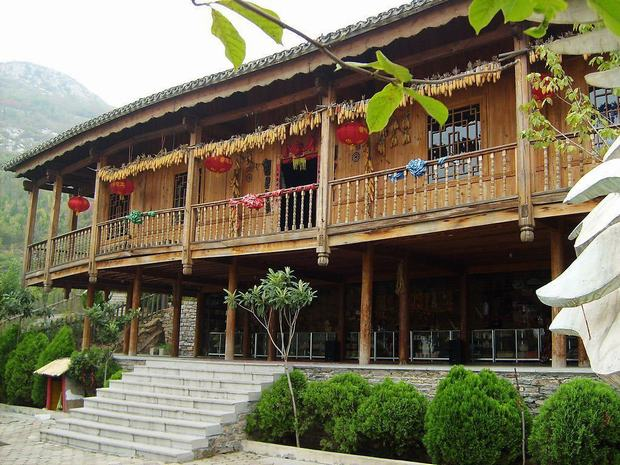 Travel Photos of Zhuang Minority Wooden Houses