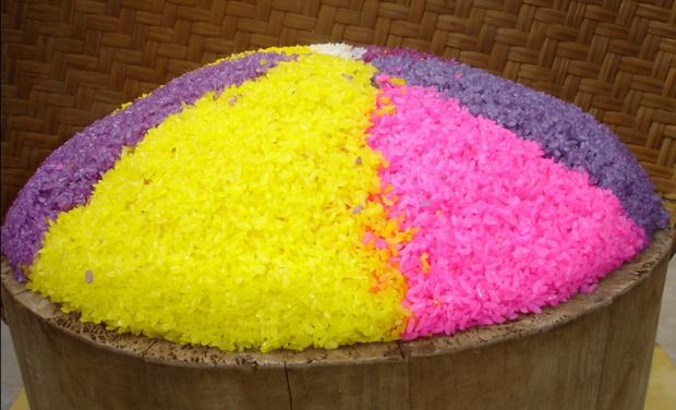 Travel Photos of Zhuang Minority Dyed Glutinous Rice